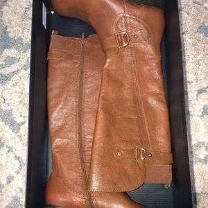Brand new naturalizer boots